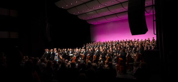 Carmina Burana settes opp i Harstad Kulthurhus, Storsalen under Festspillene i Nord-Norge.