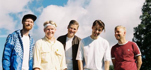 Lyse Netter spiller på Karma under Festspillene i Nord-Norge 2018.