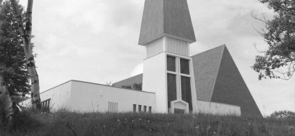 Byvandring som fokuserer på arkitekten Hovigs påvirkning av Harstads bybilde. Sør-Troms museum