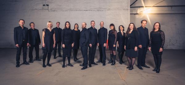 Vokal Nord synger i Harstad kirke under Festspillene i Nord-Norge 2019. Foto: Øivind Arvola