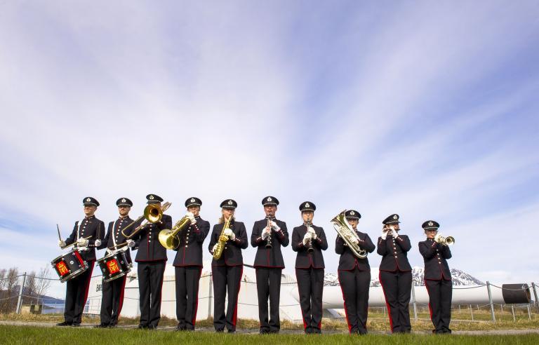 Hærens musikkorps spiller på Festspillene i Nord-Norge 2021. Foto: Forsvaret