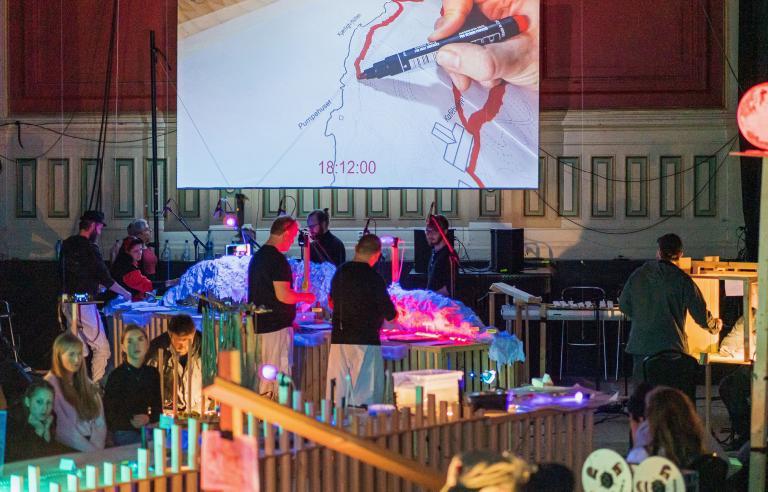 03:08:38 Tilstander av unntak av Tore Vagn Lid presenteres på Festspillene i Nord-Norge 2021. Foto: Transiteatret-Bergen